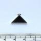 0035300 Lůžko- trojúhelník 15mm+očko,